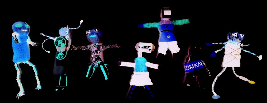 Techno Woodoo Puppen